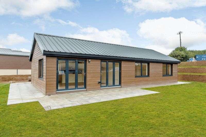 2 Bedrooms Property for sale in Chillaton, Devon