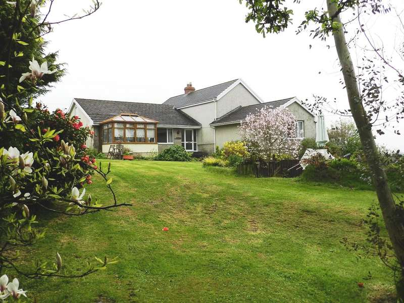 4 Bedrooms Detached House for sale in Manor Farm, Longlands Lane, Wiston, Haverfordwest