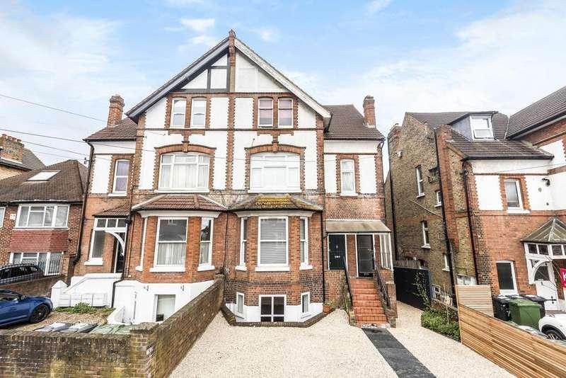 2 Bedrooms Flat for sale in Babington Road, Streatham