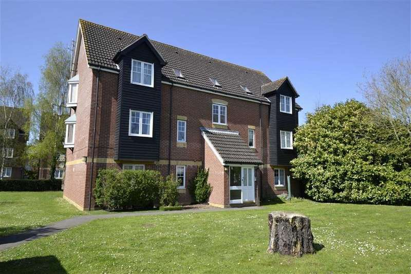 2 Bedrooms Apartment Flat for sale in Harbury Court, Newbury, Berkshire, RG14