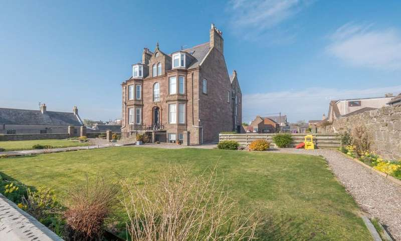 3 Bedrooms Flat for sale in Marine House, Montrose
