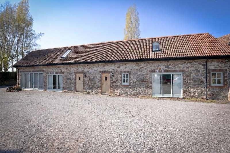 3 Bedrooms Detached House for sale in Siston Lane, Bristol, BS30 5LX