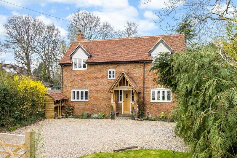5 Bedrooms Detached House for sale in Scatterdells Lane, Chipperfield, Kings Langley, Hertfordshire, WD4