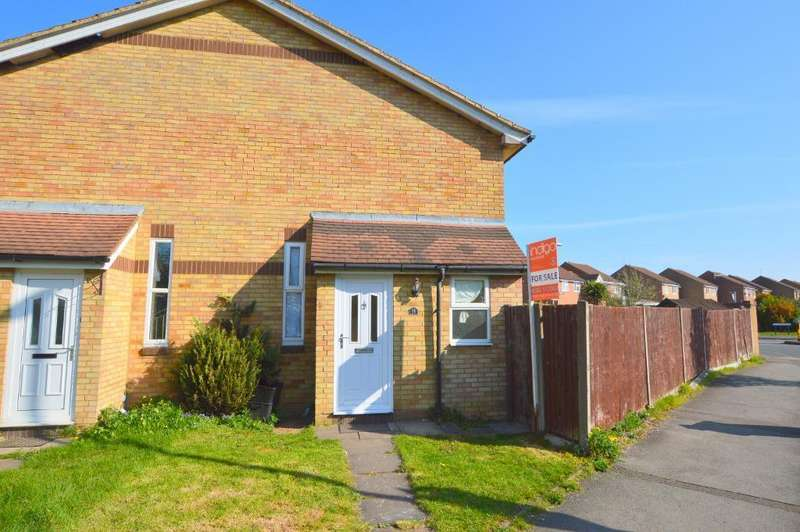 1 Bedroom Cluster House for sale in Berrow Close, Wigmore, Luton, Bedfordshire, LU2 8TH