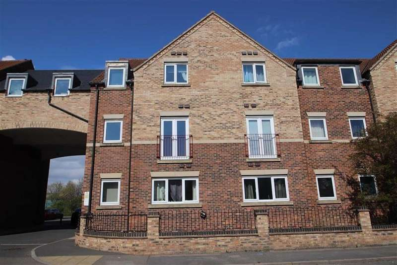 2 Bedrooms Flat for sale in Castle Square, Wyberton West Road, Boston