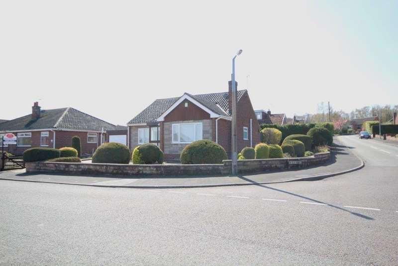 3 Bedrooms Detached Bungalow for sale in Courtland Drive, Aston