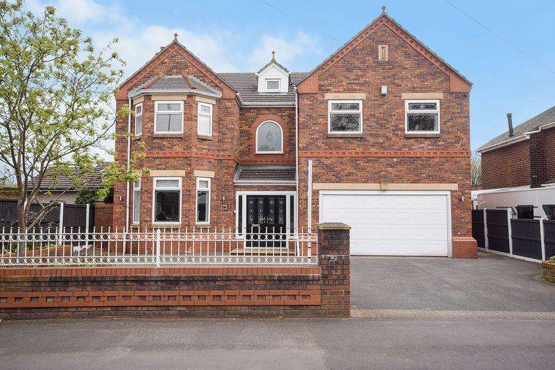 4 Bedrooms Detached House for sale in Birchfield Road, Farnworth