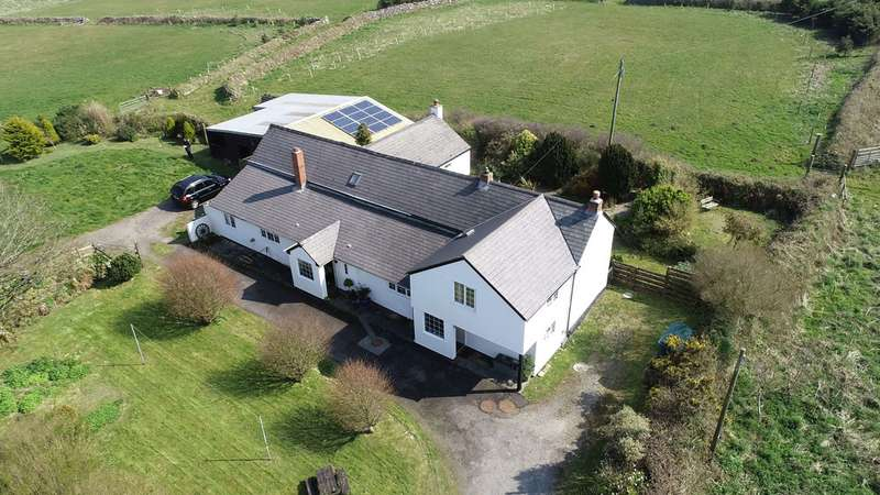 5 Bedrooms Property for sale in Trethew Farm Wheal Buller Redruth TR16 6ST