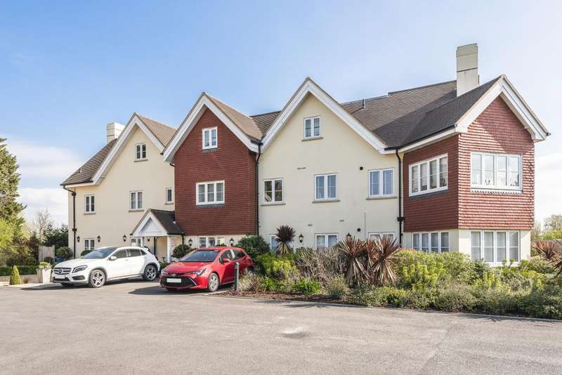 2 Bedrooms Flat for sale in Belmont Farm House, Maidenhead, SL6