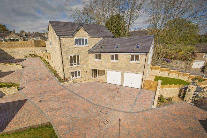 4 Bedrooms Detached House for sale in Hill Crest, Matlock