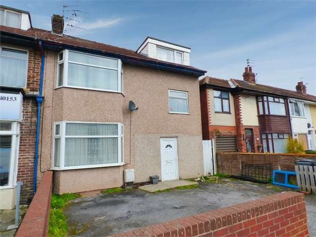 4 Bedrooms Semi Detached House for sale in Newhouse Road, Blackpool, Lancashire
