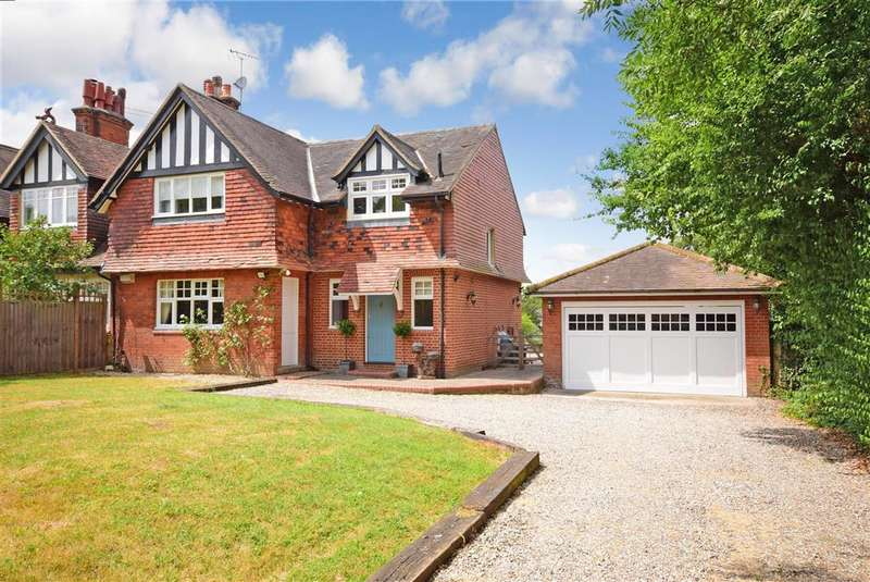 4 Bedrooms Semi Detached House for sale in Pynest Green Lane, , Waltham Abbey, Essex