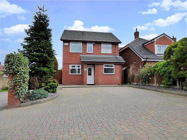 3 Bedrooms Detached House for sale in Greenway Road, Runcorn