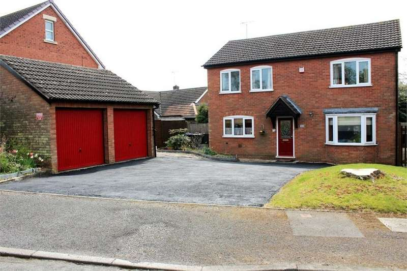 4 Bedrooms Detached House for sale in 40 Elmcroft Road, North Kilworth, Lutterworth, Leicestershire