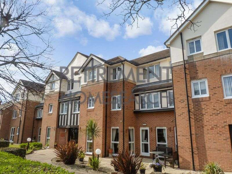 1 Bedroom Property for sale in Stirling Court, Southport, PR9 7LF