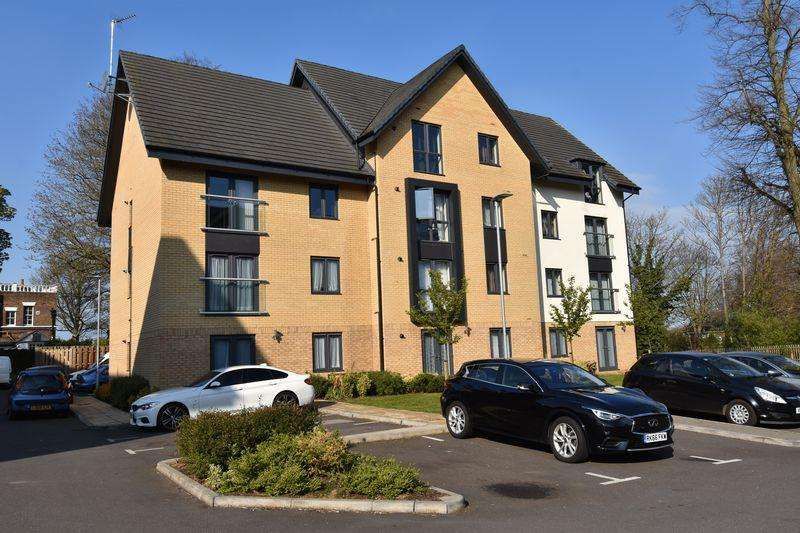 2 Bedrooms Apartment Flat for sale in Jonathan Henry Place.