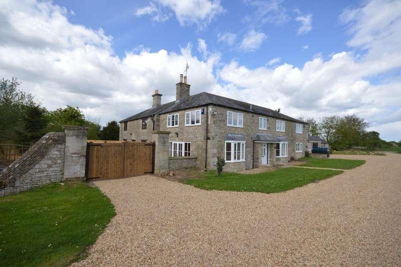 3 Bedrooms Barn Conversion Character Property for sale in Between Oundle and Thrapston