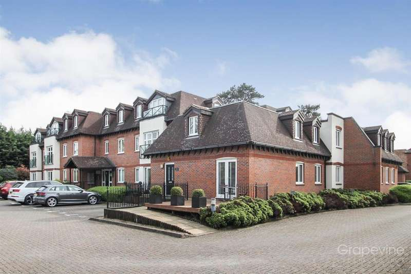 2 Bedrooms Flat for sale in Flat 7, River Court, Old Bath Road