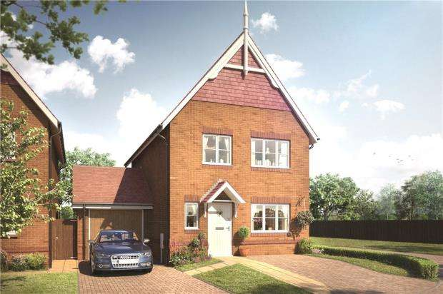 3 Bedrooms Detached House for sale in Warren House Road, Wokingham, Berkshire