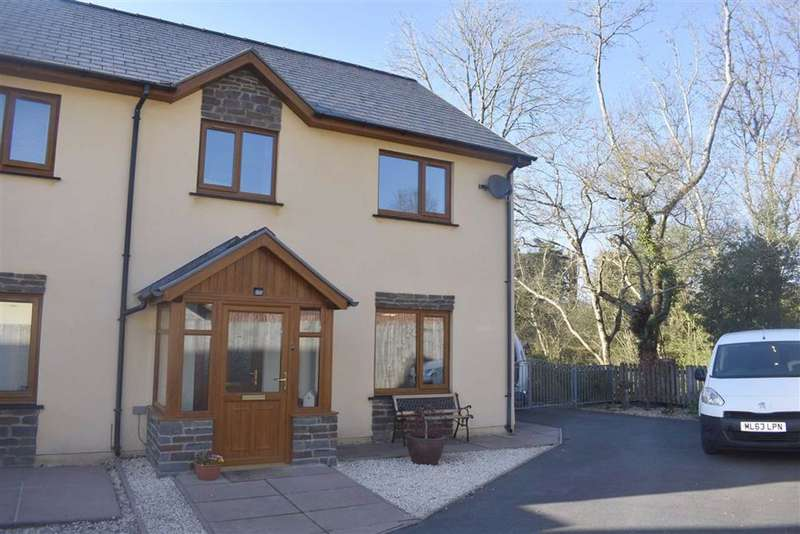 3 Bedrooms Semi Detached House for sale in Cysgod Y Coed, Cwmann, Lampeter