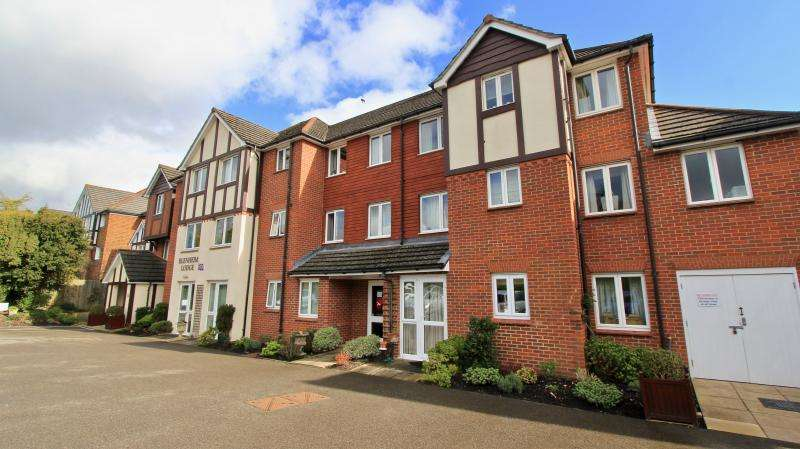 1 Bedroom Retirement Property for sale in Blenheim Lodge, Chesham Road