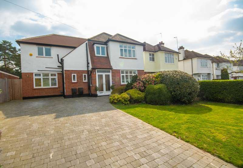 4 Bedrooms Detached House for sale in Evelyn Avenue, Ruislip, Middlesex HA4