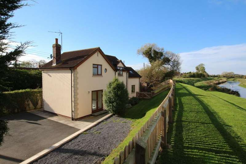 3 Bedrooms Detached House for sale in Stunning setting beside the Congresbury Yeo