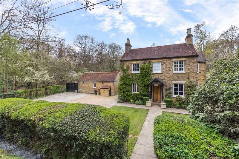 4 Bedrooms Detached House for sale in School Lane, Bricket Wood, St. Albans, Hertfordshire