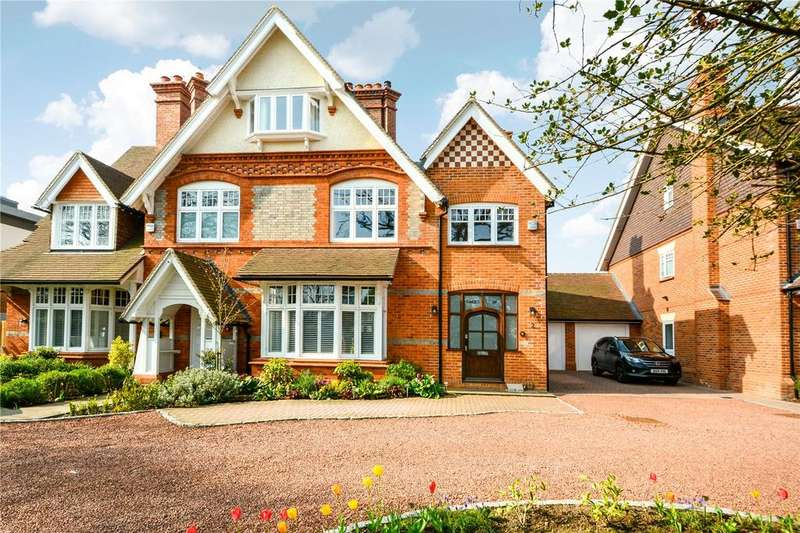 4 Bedrooms Semi Detached House for sale in Chapel Gate, Easthampstead Road, Wokingham, Berkshire, RG40