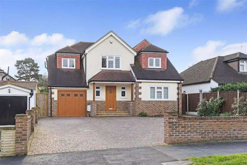 4 Bedrooms Detached House for sale in Kevington Drive, Chislehurst, Kent