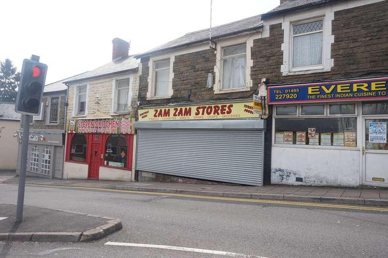 2 Bedrooms Flat for sale in Pentwyn Road, Blackwood, NP12