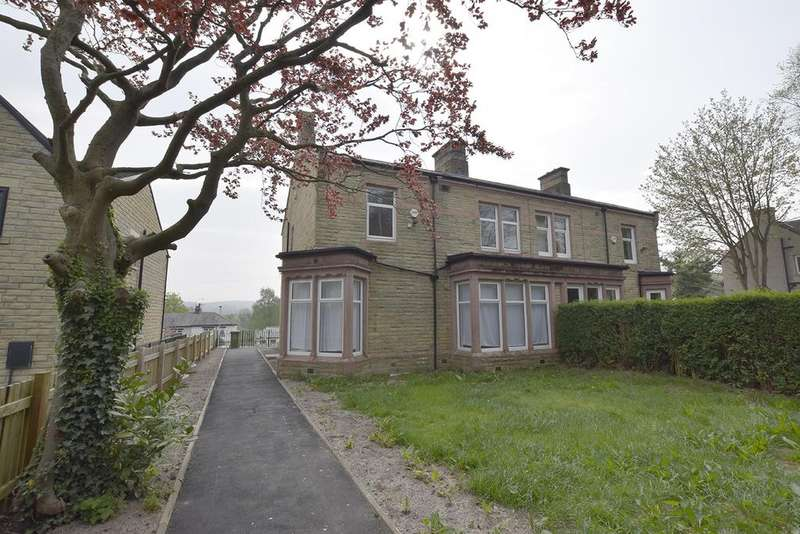 4 Bedrooms Semi Detached House for sale in Todmorden Road, Burnley BB11 3EZ