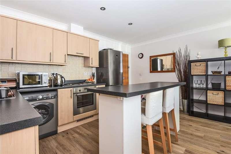 2 Bedrooms Flat for sale in Urbis, Wolf Lane, Windsor, Berkshire, SL4