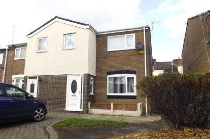 House for sale in Bridge View Close, Widnes, Cheshire, WA8