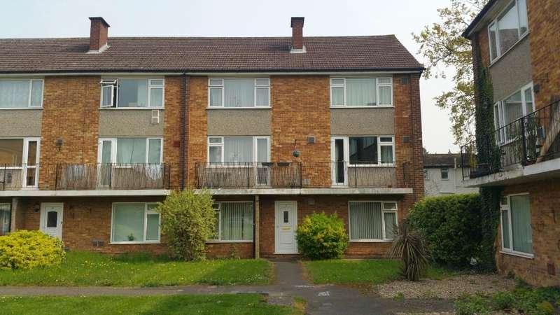 2 Bedrooms Flat for sale in Cavendish Court, Coleridge Crescent, Slough, SL3