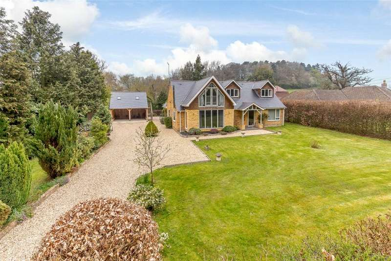 5 Bedrooms Detached House for sale in Yattendon Road, Hermitage, Thatcham, Berkshire, RG18
