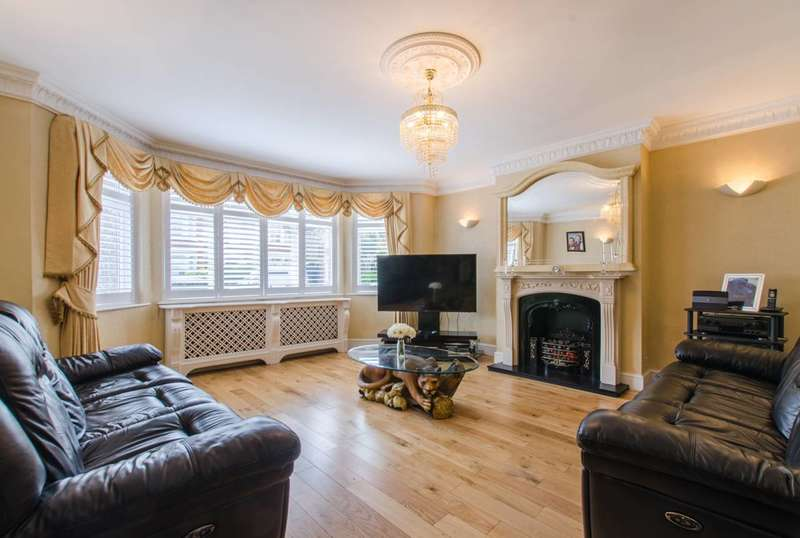 7 Bedrooms House for sale in Inchmery Road, Catford, SE6