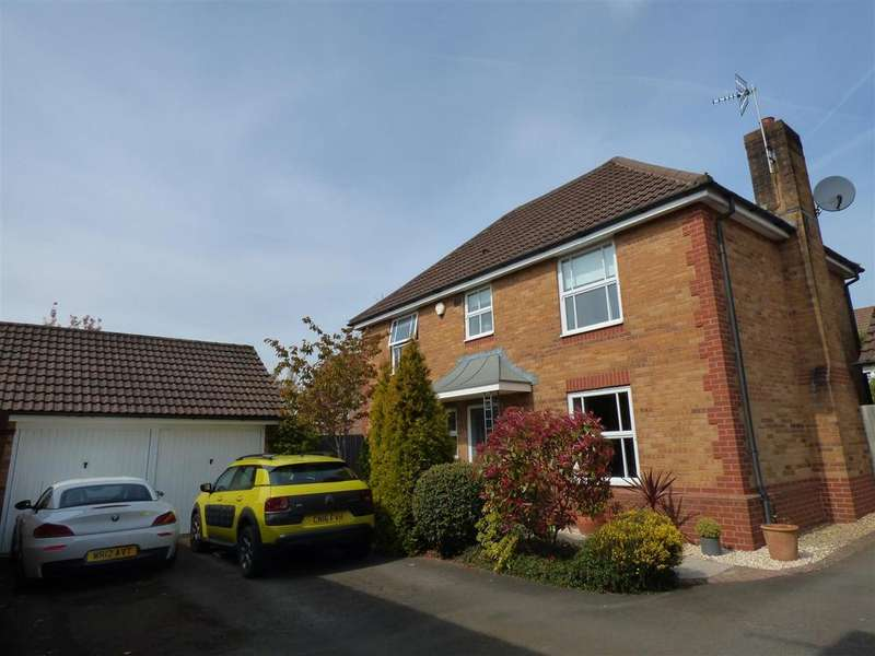 4 Bedrooms Detached House for sale in St. Lawrence Park, Chepstow