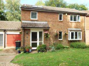 4 Bedrooms Detached House for sale in Hurst Hill, Chatham, Kent