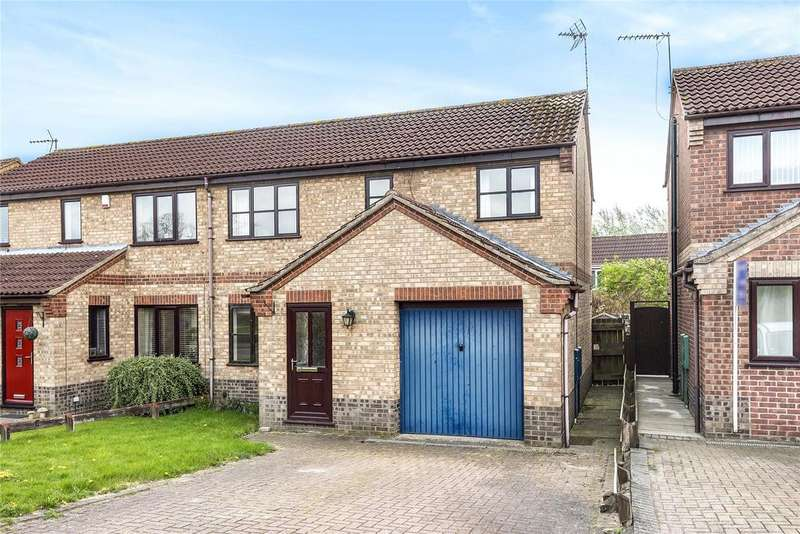 3 Bedrooms Semi Detached House for sale in Stoyles Way, Heighington, LN4