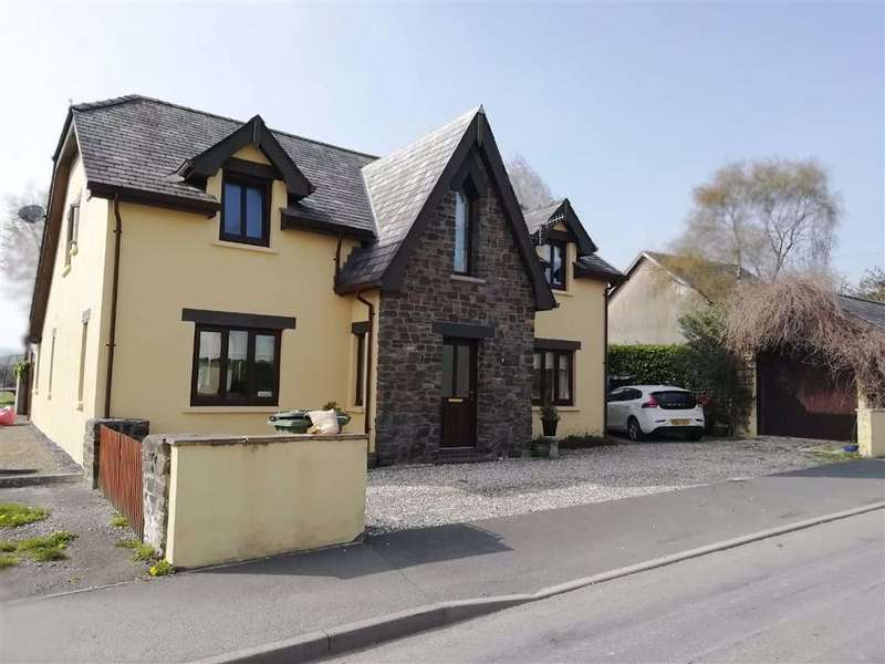 4 Bedrooms Detached House for sale in Aeron View, Talsarn