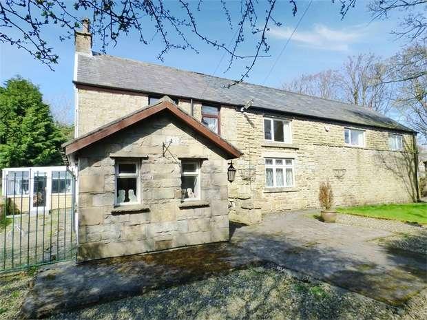 5 Bedrooms Detached House for sale in Mellor Lane, Mellor, Blackburn, Lancashire
