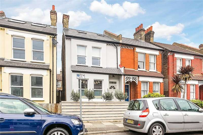 3 Bedrooms End Of Terrace House for sale in Marlborough Road, London