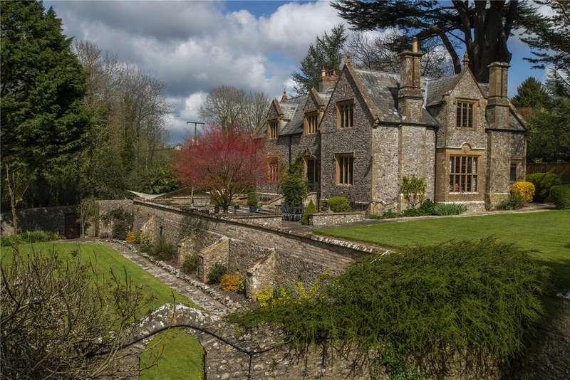 4 Bedrooms Detached House for sale in Chardstock, Axminster, Devon, EX13