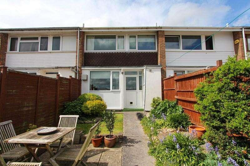 3 Bedrooms Terraced House for sale in Kelston Road, Keynsham, Bristol