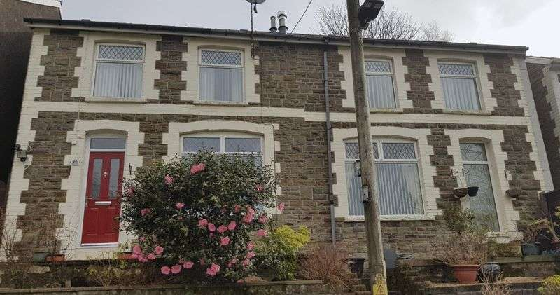 4 Bedrooms Property for sale in Windsor Road, Abertillery