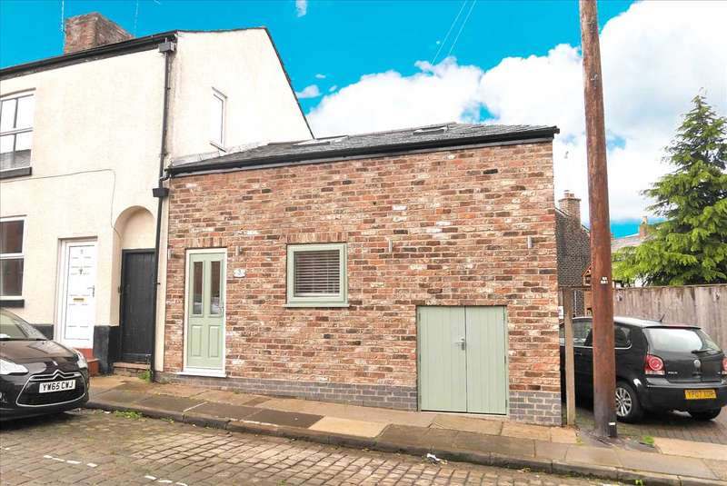 1 Bedroom End Of Terrace House for sale in Longacre Street, Macclesfield