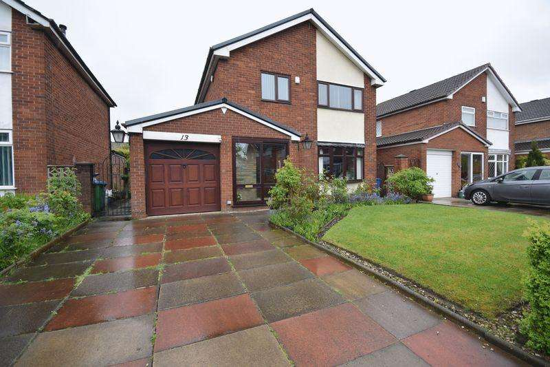 3 Bedrooms Detached House for sale in Winchester Avenue, Heywood