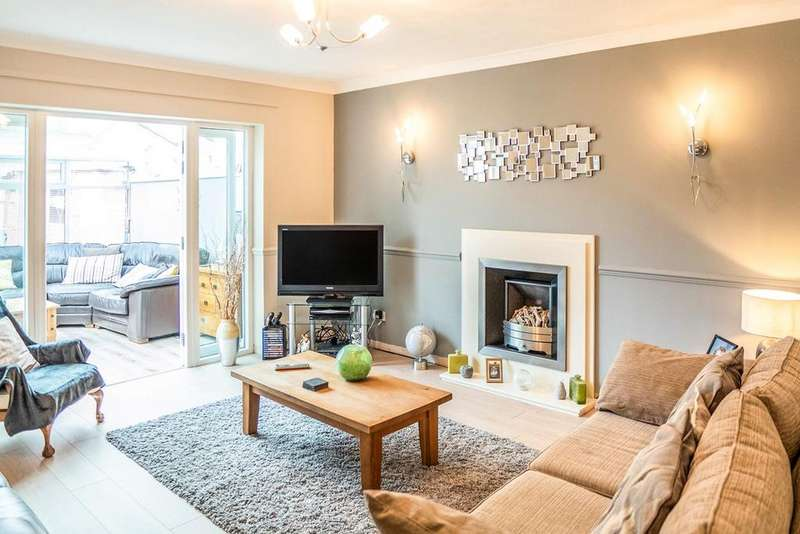 4 Bedrooms Detached House for sale in Bronte Grove, Ewloe, Deeside, CH5