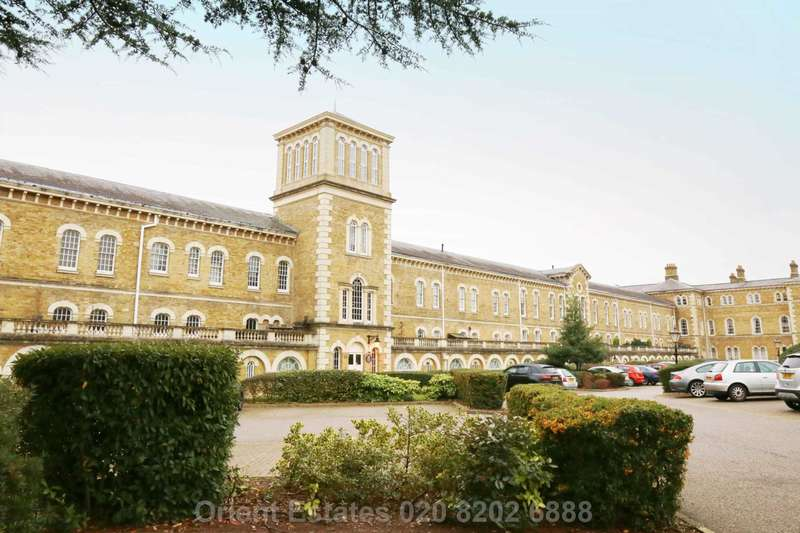 4 Bedrooms Apartment Flat for sale in Royal Drive, London